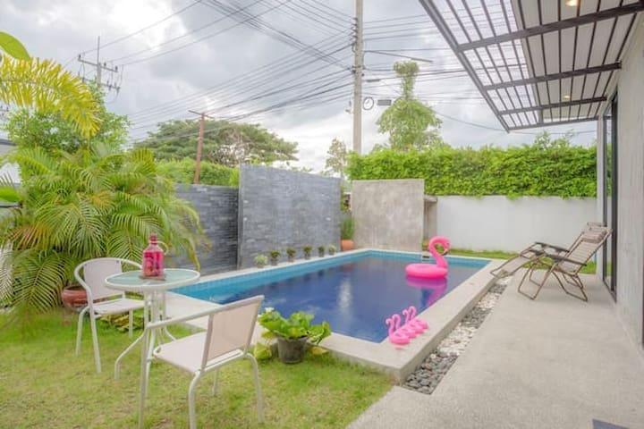 Leisure resort pool villa休闲度假泳池别墅