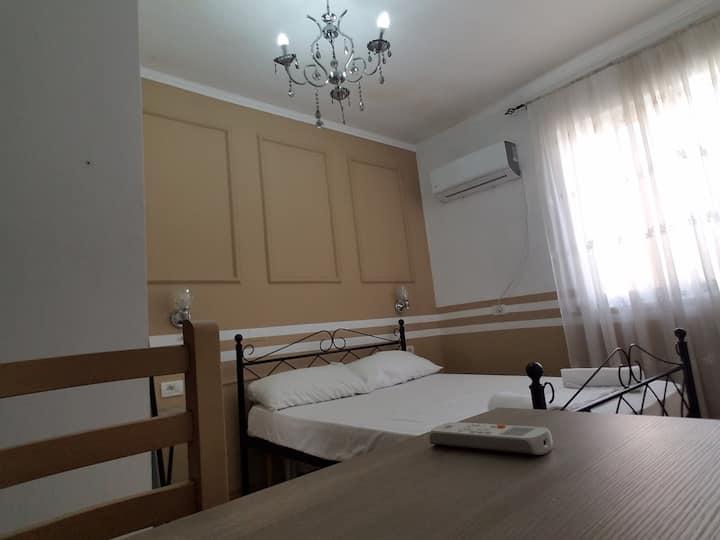 Room in center of Tirana