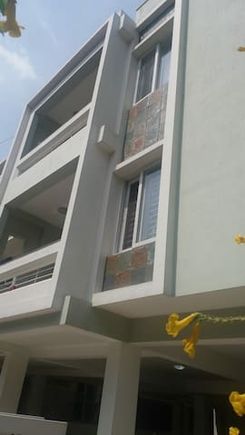 SERVICE APARTMENT AT SHANTHI COLONY
