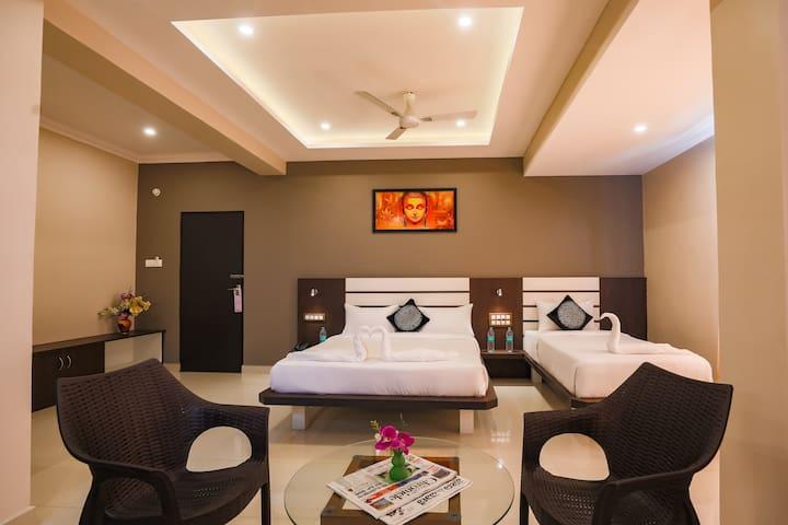 Aadya Elite Comfort Triple (Studio Room)