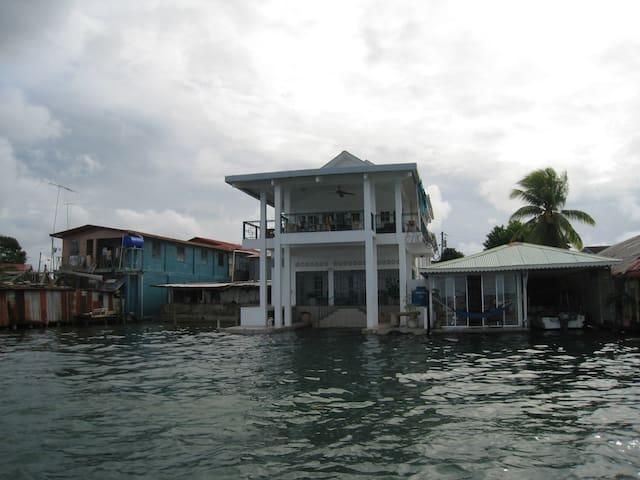 Casa Del Mar - Bocas del Toro Province - Haus