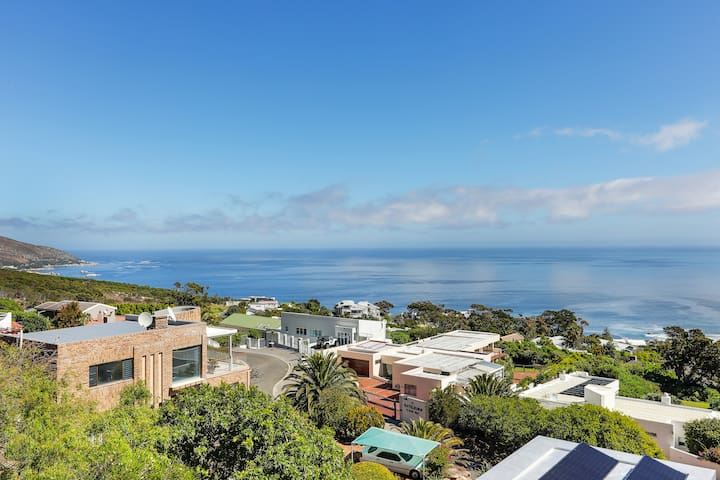 Campsbay Sea View Apartment