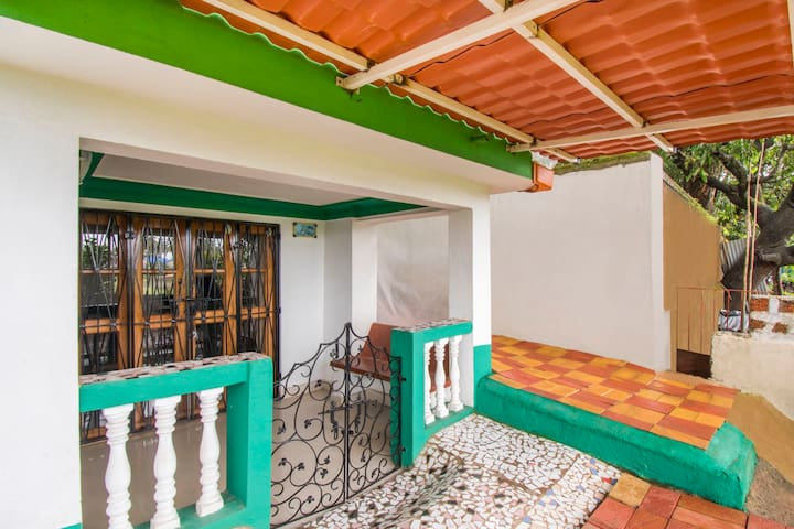 Well-furnished 1 BHK, near Baga Beach/74173