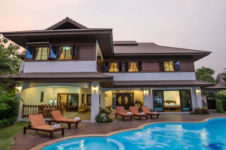 7 Bedroom Luxury Villa with Private Swimming Pool - Chiang Mai - Villa