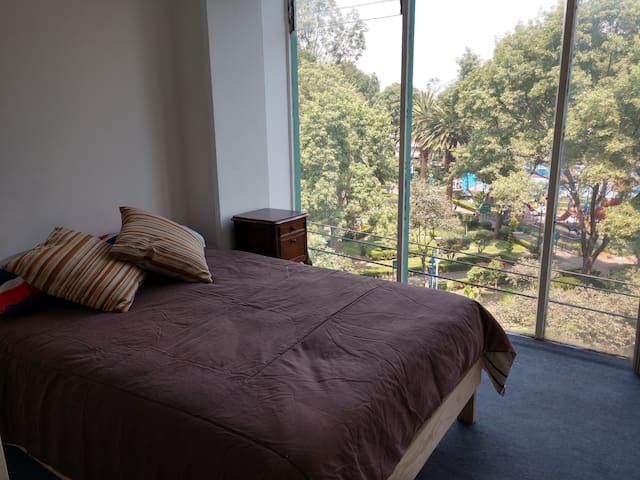 The window of Tlacoquemectl