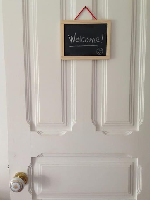 """Bem-Vindo """"Bedroom Door"""""""
