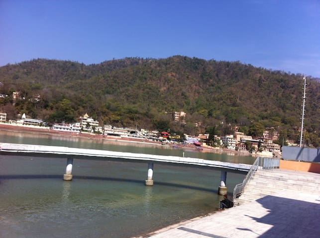Fully Furnished Apartment with Hill View @ Tapovan - Rishikesh - Apartamento