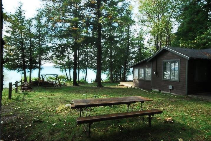 Old style small family cottage on Torch Lake - Bellaire