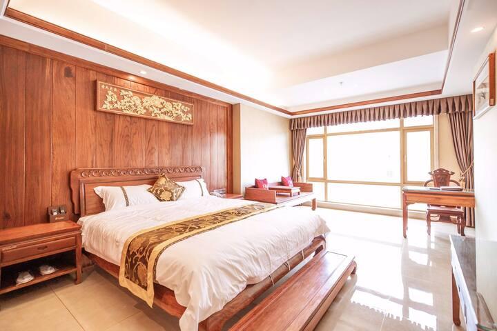红木特色酒店(豪华大床房)