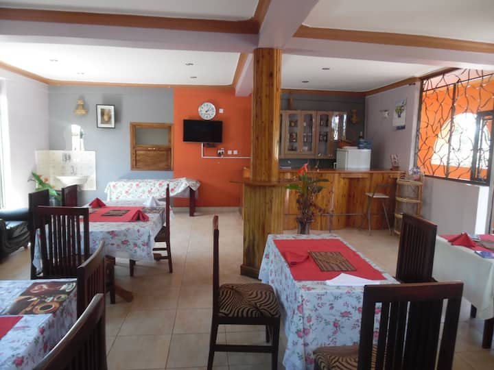Cozy and Quiet Apartment with kitchen in Entebbe.