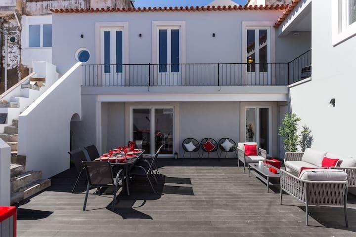 Dalyan Silver Duplex Apartment, Santarém, Portugal