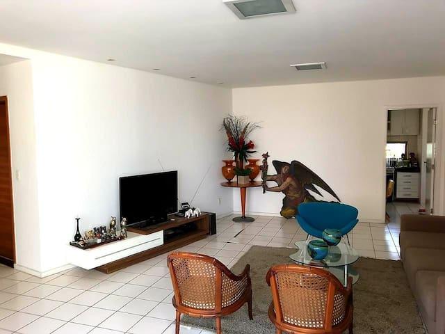 Apartamento próximo a Micarina