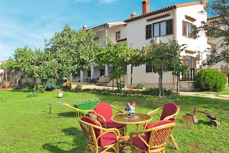 Landhaus Lara - Marcana - Rivitalo