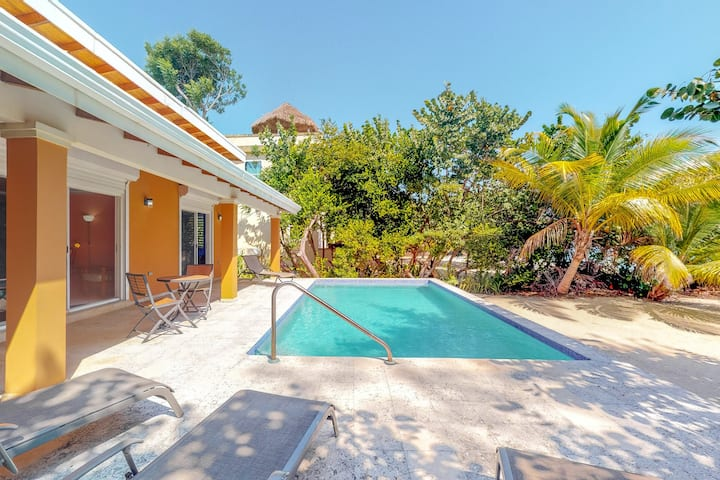 Bright beachfront home w/ private pool, ocean view, free WiFi & partial AC!