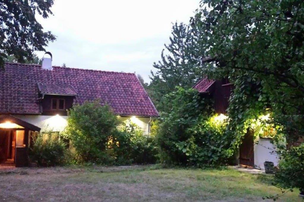 Oba domki od frontu