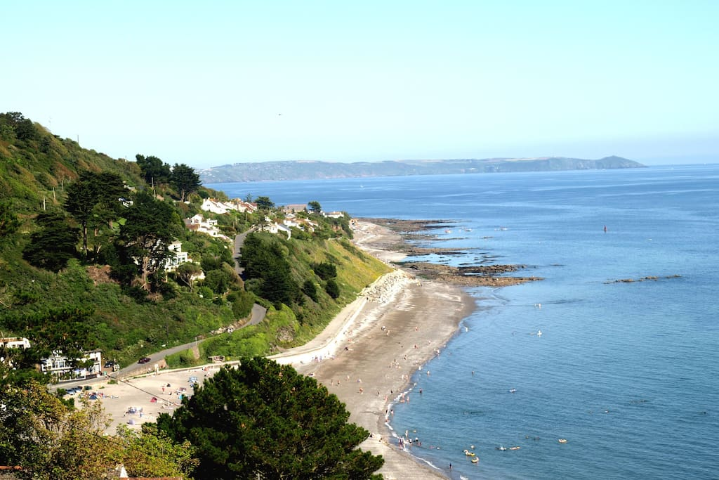 Fantastic Views Of The Cornish Coast, Seaton And Downderry Beaches.