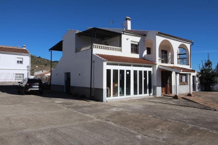 107487 - House in Yunquera