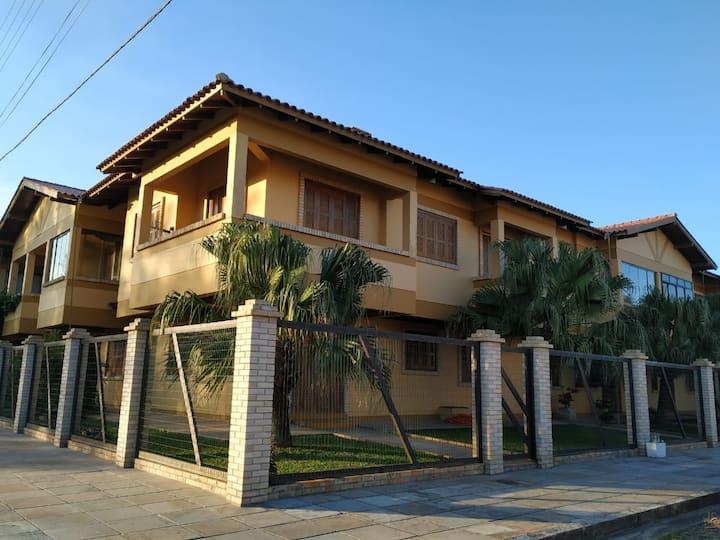 Casa em condomínio residencial Capão da Canoa