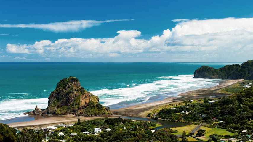 Piha - peaceful & private