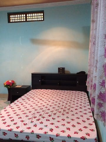 Spacious Bedroom in Addu City