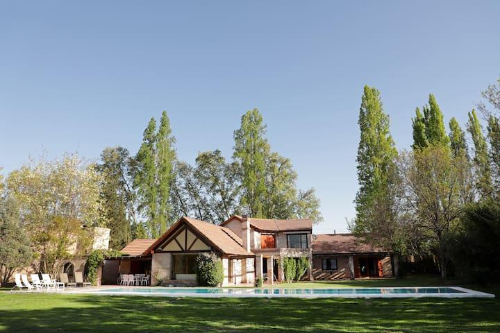 Casa Besares