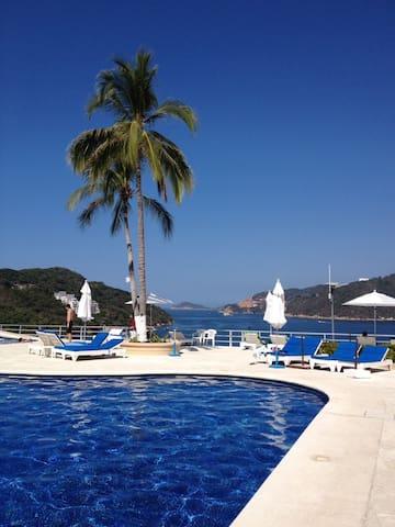 Depto. Acapulco Diamante Best view and safe