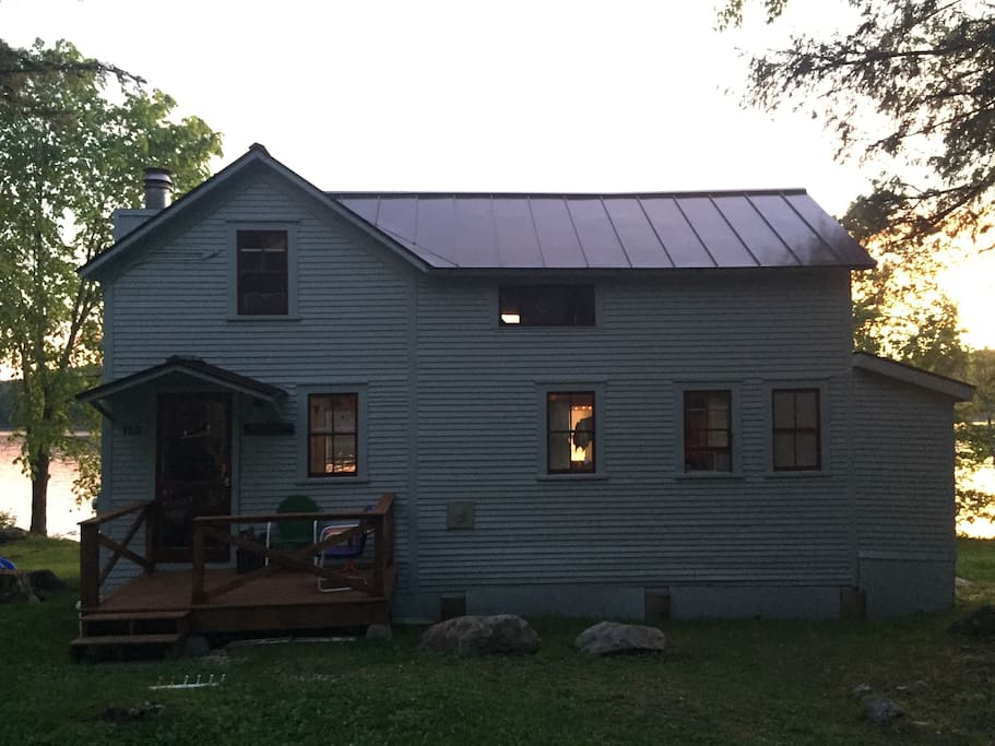 Charming 1920's Lake Cottage
