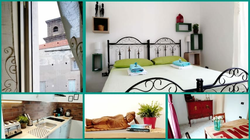 COSY ROOM IN NAPLES WITH PRIVATE BATHROOM