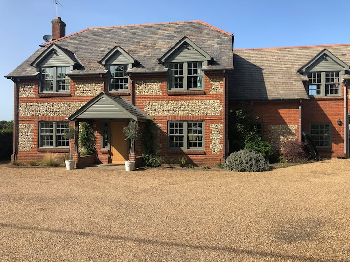 Beautiful Country Home in the heart of Medstead