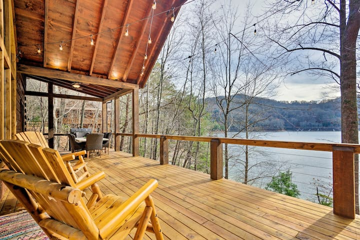Lakefront Lodge w/Decks, Hot Tub, Game Room & More