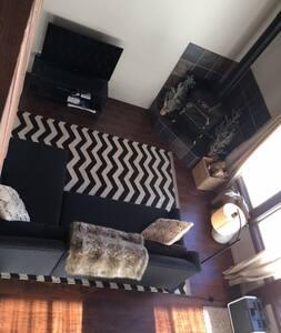 Hearts & Diamonds Cabin nestled in Tahoe Donner - Truckee