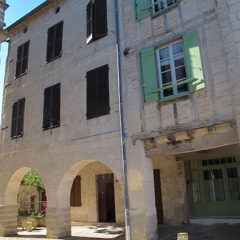 La Maison d'Hélène - Montpezat-de-Quercy - Huis