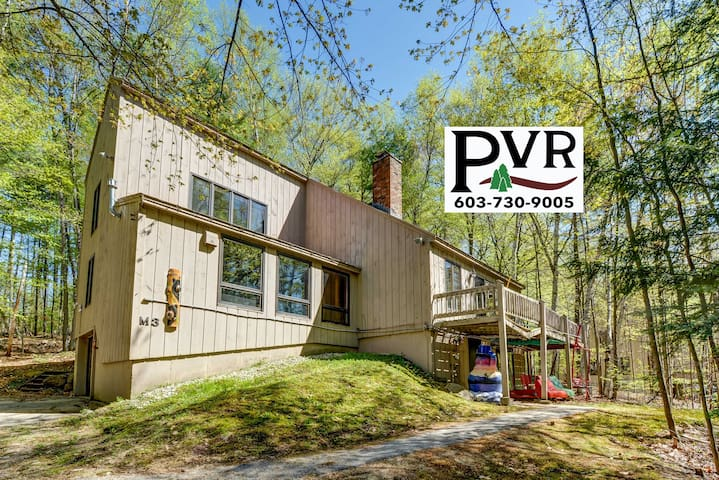 5BR Freestanding Townhouse -AC,Game Room,Cable,WiFi & Hot Tub on the Deck! - M3 Cranmore Birches