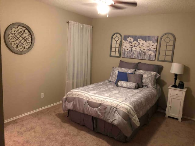 Upstairs Bedroom B