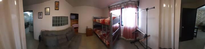 Habitacion céntrica  , comoda y privada en Texcoco