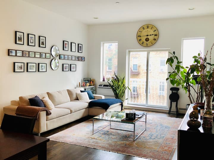 Zen Private Bedroom in Brooklyn Gem