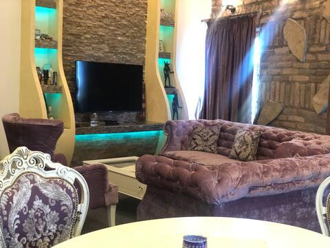 Deluxe Apartman Salas 140