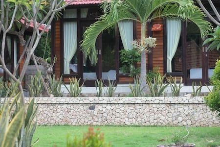 gepah garden cottage - Nusapenida - Bed & Breakfast