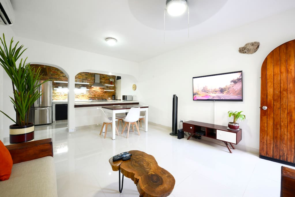 Comfortable dining table that also be used a work space