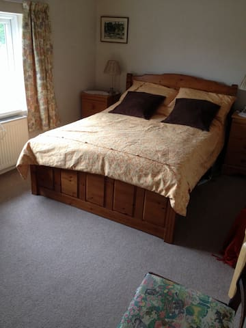 Comfortable spacious room in friendly home.