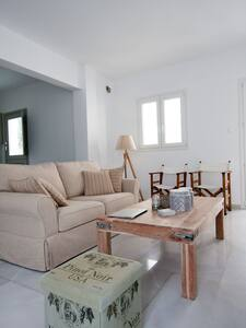 Apartment by the sea  - Tinos Town - Agios Fokas