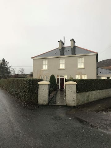 4 bed country house in Glenvar on Wild AtlanticWay