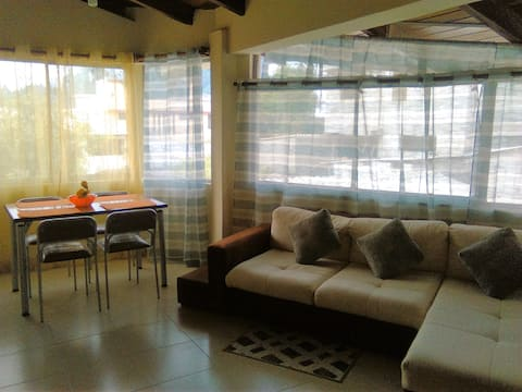Apartamento, amoblado, ideal parejas, students