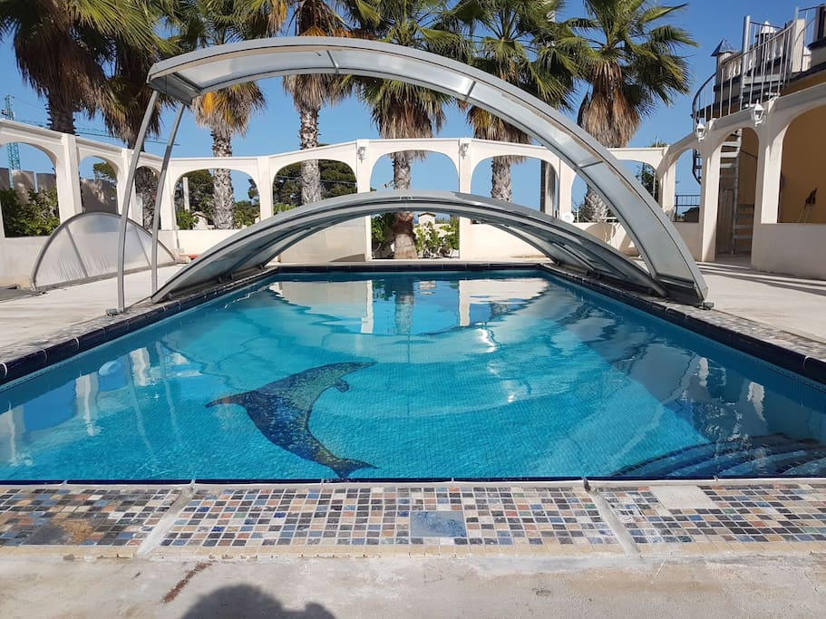 Casa bonita con piscina privada 10min a la playa casas for Camping con piscina climatizada en comunidad valenciana