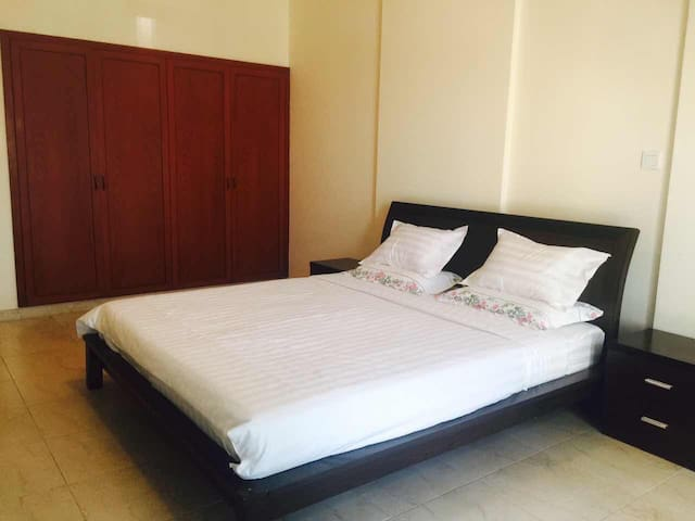Spacious Master room in Al Barsha - Dubai - Apartment