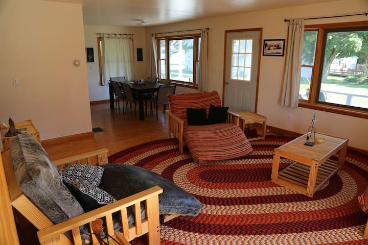 Muskie Lodge, Thousand Islands - Hammond - Casa