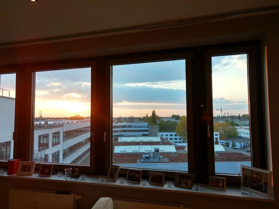 helle wohnung im prenzlauer berg mit dachterasse flats for rent in berlin berlin germany. Black Bedroom Furniture Sets. Home Design Ideas