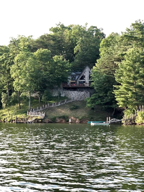 Lakefront Therapy (New Listing!)