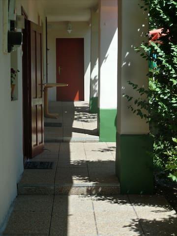 Főnix vendégház - Boedapest - Pension