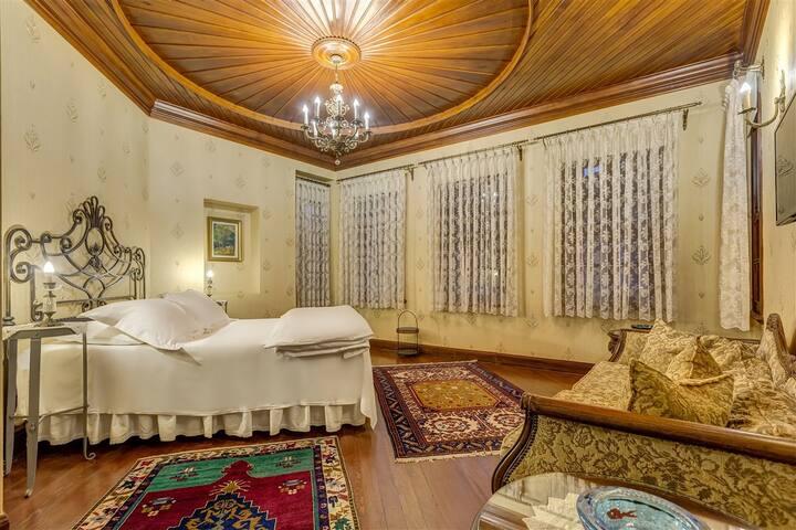 Kaucuk Hotel Suna Deluxe Double Room